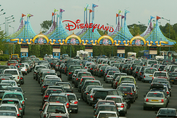Entrance「Disneyland Paris Becomes One Of Europe's Most Popular Attractions 」:写真・画像(13)[壁紙.com]