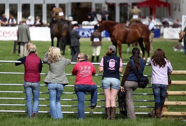 Horse「Visitors And Exhibitors At The Devon County Show」:写真・画像(4)[壁紙.com]