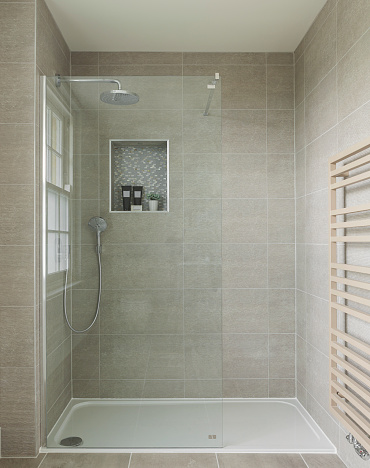 Household Fixture「Shower in luxury UK house」:スマホ壁紙(9)
