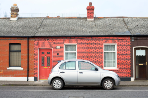 Dublin - Republic of Ireland「Silver compact car parked outside brick home」:スマホ壁紙(6)
