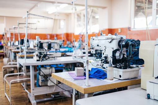 Needlecraft Product「Textile Industry Workers」:スマホ壁紙(2)