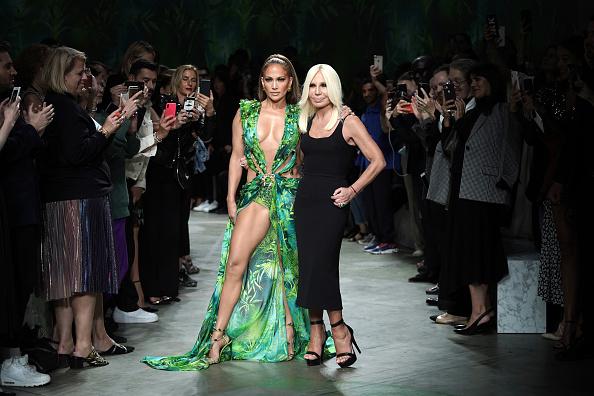 Milan Fashion Week「Versace - Runway - Milan Fashion Week Spring/Summer 2020」:写真・画像(4)[壁紙.com]