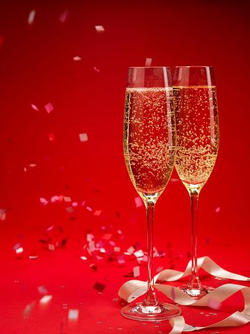 大晦日「シャンペンと紙吹雪の背景(XXXL」:スマホ壁紙(15)