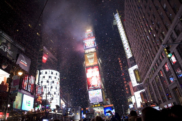 New Year's Eve「New York Ushers In New Year With Celebration In Times Square」:写真・画像(10)[壁紙.com]