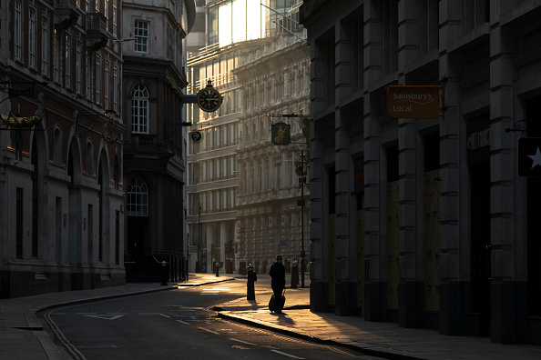 City of London「UK Remains On Lockdown Due To Coronavirus As Infection Rate Appears To Slow」:写真・画像(4)[壁紙.com]