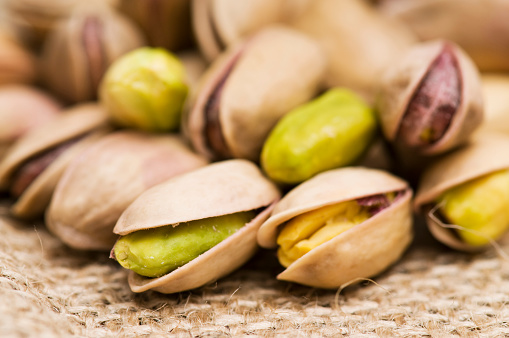 Nut - Food「nuts」:スマホ壁紙(13)