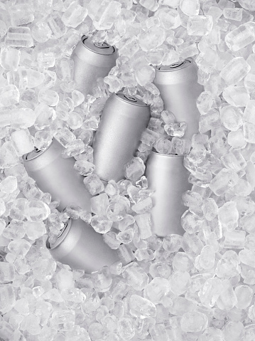 Beer - Alcohol「Ice Cold Beer on Ice」:スマホ壁紙(14)