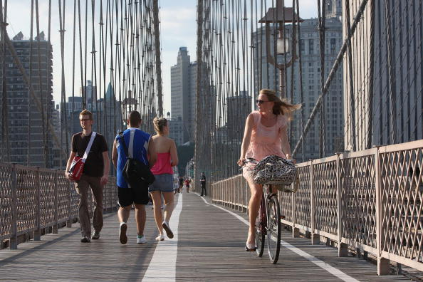 Brooklyn Bridge「Commuting In NYC Bicycle Gains In Popularity According To DOT Study」:写真・画像(12)[壁紙.com]