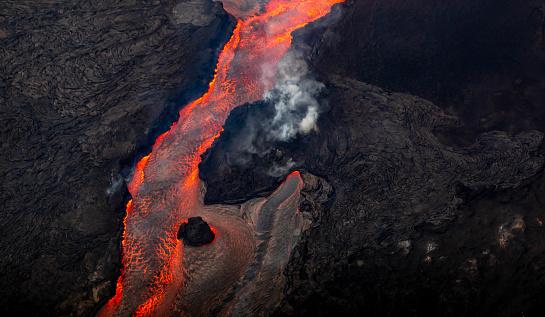 Volcano「Lava River」:スマホ壁紙(0)