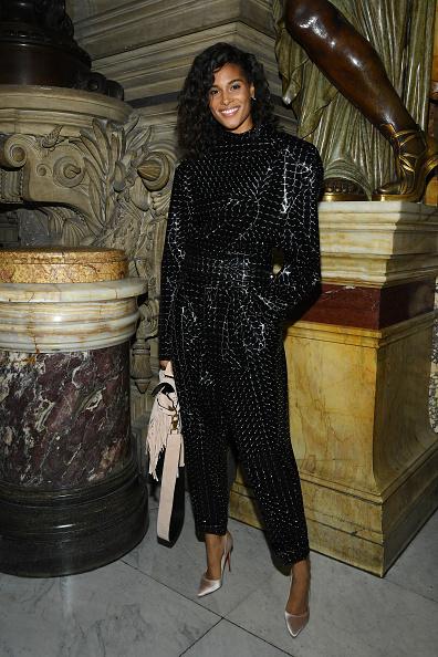 Spring Collection「Balmain : Front Row -  Paris Fashion Week - Womenswear Spring Summer 2020」:写真・画像(6)[壁紙.com]