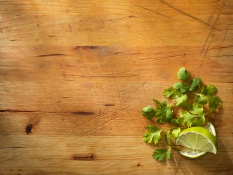 Cutting Board「Limes with Fresh Cilantro」:スマホ壁紙(1)