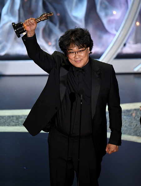 Receiving「92nd Annual Academy Awards - Show」:写真・画像(1)[壁紙.com]