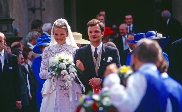 Bride「zu Schaumburg-Lippe」:写真・画像(16)[壁紙.com]