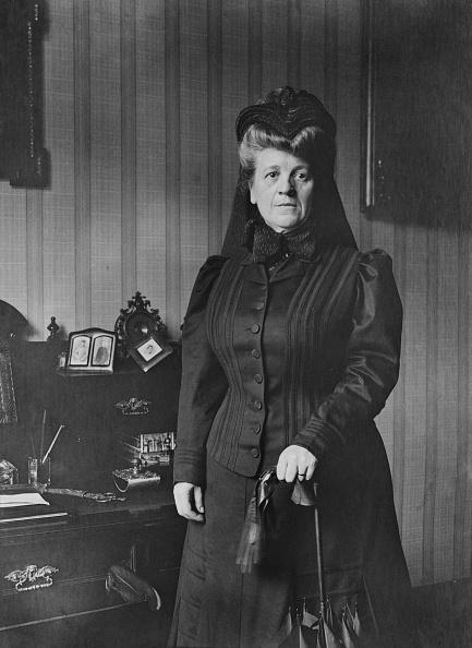 1900「Lady By Writing Bureau」:写真・画像(17)[壁紙.com]