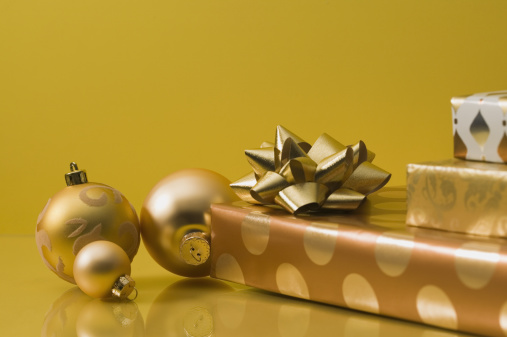 Annual Event「Golden Christmas ornaments and presents」:スマホ壁紙(7)