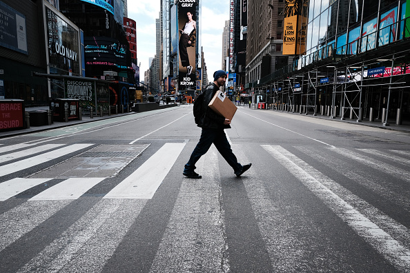 Blank「Coronavirus Pandemic Causes Climate Of Anxiety And Changing Routines In America」:写真・画像(4)[壁紙.com]