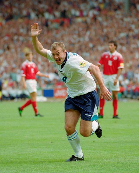 England「1996 UEFA European Championships England v Switzerland」:写真・画像(18)[壁紙.com]