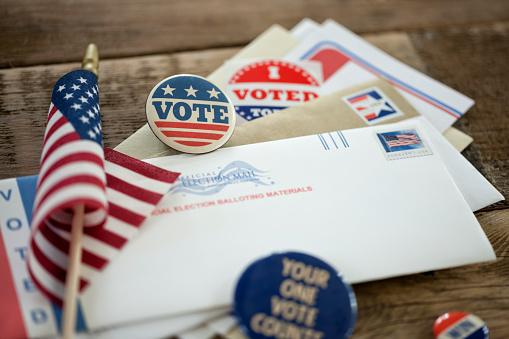 Politics「Voting By Mail Concept」:スマホ壁紙(17)