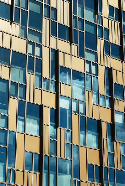 Vitality「Modern Office buildings forming part of the Greenwich Peninsula Regeneration, South East London, UK」:写真・画像(16)[壁紙.com]