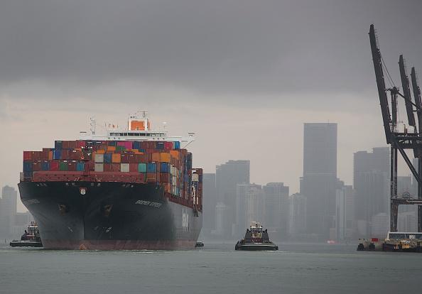 Trader「U.S. Escalates Tariff Threats Against China As Trade War Heats Up」:写真・画像(8)[壁紙.com]