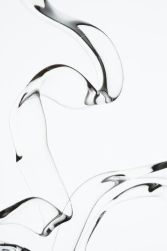 Flowing「Liquid Stream on White」:スマホ壁紙(18)