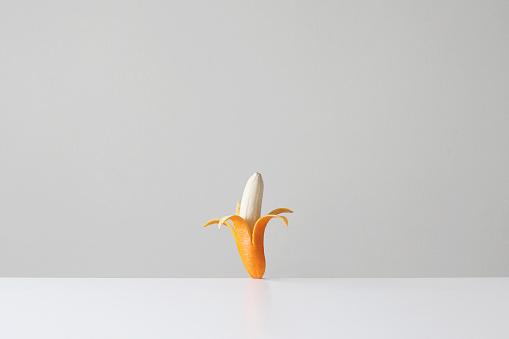 Artificial「Conceptual banana in an orange skin」:スマホ壁紙(14)