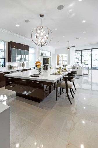 Domestic Kitchen「A clean and shiny modern kitchen indoors.」:スマホ壁紙(2)