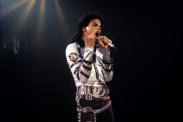 Performance「Michael Jackson - File Photos By Kevin Winter」:写真・画像(2)[壁紙.com]