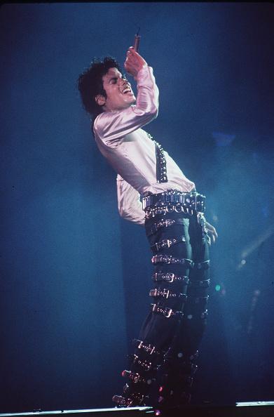"Dave Hogan「Michael Jackson performs on stage during his ""DANGEROUS"" concert tour...」:写真・画像(10)[壁紙.com]"