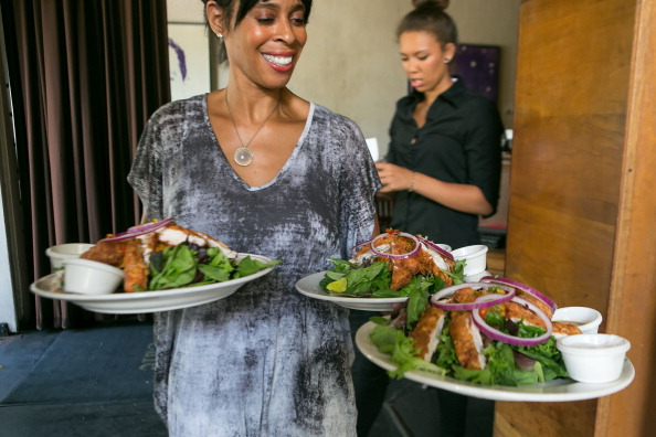 Salad「Barneys New York And The Parkinson's Project Host A Luncheon In Support Of The Parkinson's Project At The Kingfish Cafe」:写真・画像(0)[壁紙.com]