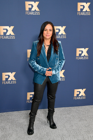 Blouse「FX Networks' Star Walk Winter Press Tour 2020 - Arrivals」:写真・画像(8)[壁紙.com]