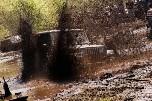Spinning「Mud Bogging」:スマホ壁紙(7)