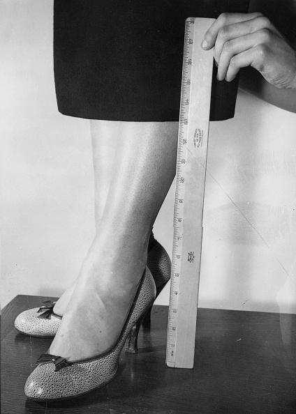 Skirt「Hemline」:写真・画像(0)[壁紙.com]