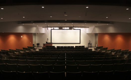 Video Wall「Very Large Modern University Lecture Hall」:スマホ壁紙(9)