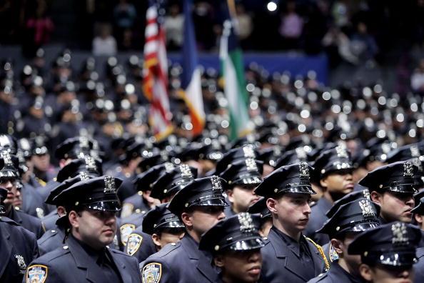 Concentration「A New Class Of NYPD Recruits Graduates」:写真・画像(7)[壁紙.com]