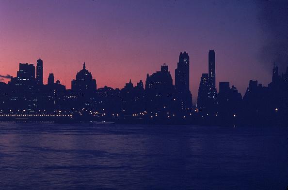 Night「NYC Skyline At Dusk」:写真・画像(19)[壁紙.com]