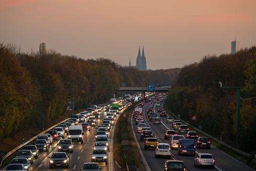 Cathedral「Cologne Autobahn」:スマホ壁紙(7)