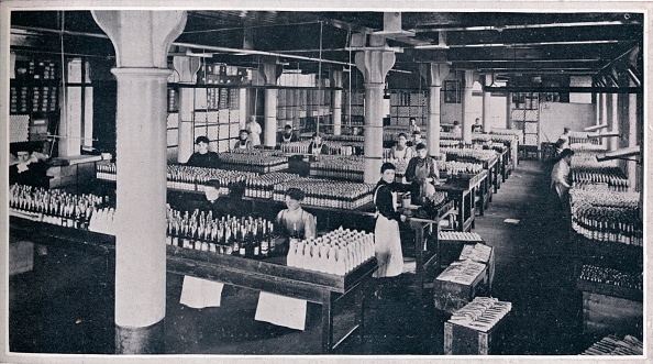 Condiment「Where the famous Yorkshire Relish is made up, 1906.」:写真・画像(5)[壁紙.com]