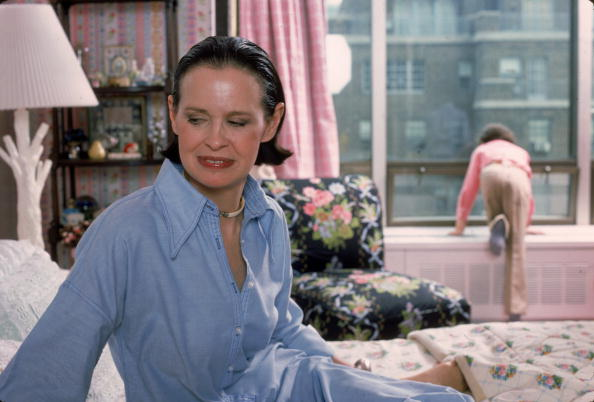 Celebrities「Gloria Vanderbilt At Home」:写真・画像(9)[壁紙.com]