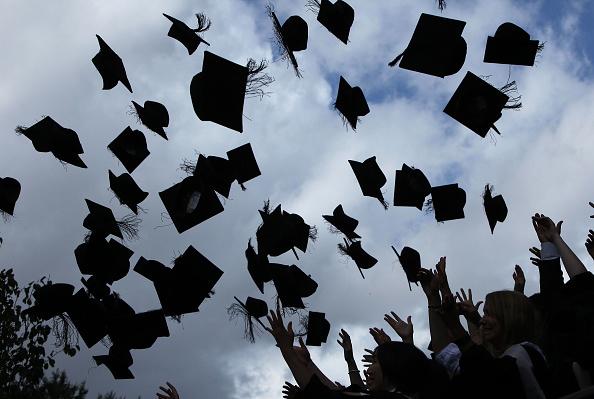 Hat「University Of Birmingham Hold Degree Congregations」:写真・画像(5)[壁紙.com]