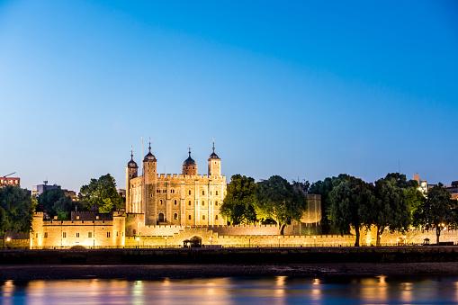 Castle「tower of london dusk light england」:スマホ壁紙(14)