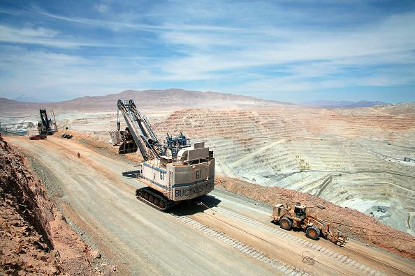 Open-pit Mine「Oliver Llaneza Hesse」:写真・画像(5)[壁紙.com]