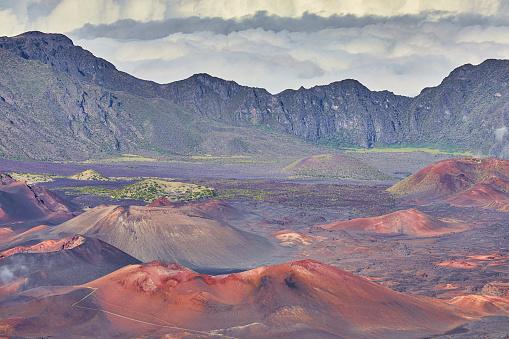 Lava Plain「Inside the Haleakala Peak Crater at Haleakala National Park,Maui,Hawaii,USA」:スマホ壁紙(18)