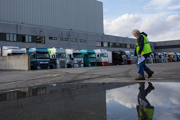 Semi-Truck「UK Haulage Firms Face Uncertain Future As Brexit Approaches」:写真・画像(19)[壁紙.com]