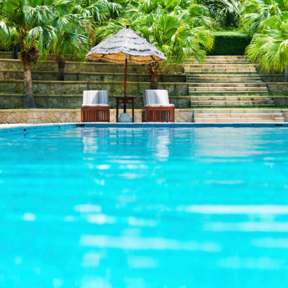 Deck Chair「resort swimming pool」:スマホ壁紙(18)