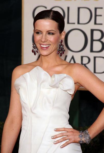 Earring「The 66th Annual Golden Globe Awards - Arrivals」:写真・画像(11)[壁紙.com]
