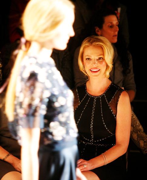 Katherine Heigl「Jenny Packham - Front Row - Fall 2013 Mercedes-Benz Fashion Week」:写真・画像(1)[壁紙.com]