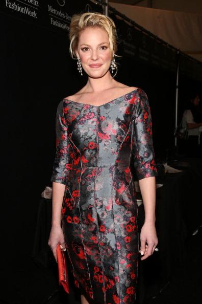 Katherine Heigl「J. Mendel - Backstage - Fall 2013 Mercedes-Benz Fashion Week」:写真・画像(17)[壁紙.com]