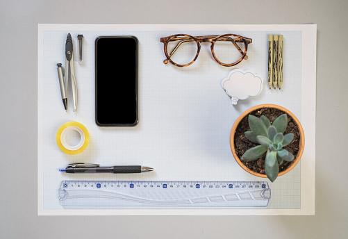 Office Supply「Top view of engineer's desk」:スマホ壁紙(16)