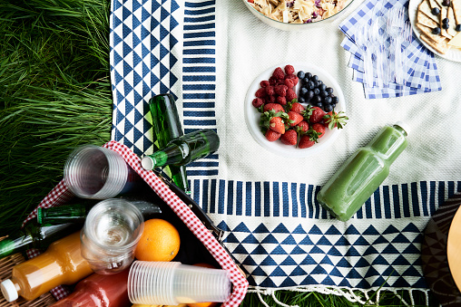 Alcohol - Drink「Top view of healthy picnic snacks on a blanket」:スマホ壁紙(18)